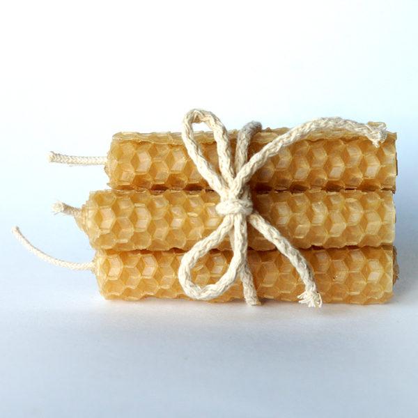 Produkt: Świeca z węzy pszczelej (8 cm wysokości) - sklep pasiekasmakulskich.pl