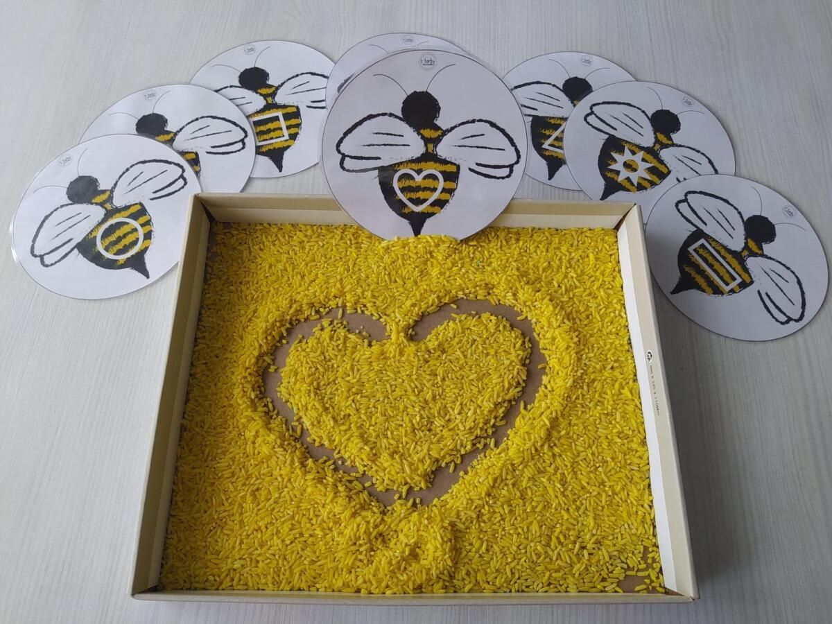 Pszczoła na papierze i plastyczne sposoby jej wykonania to dobry sposób na zainteresowanie dziecka pszczołami